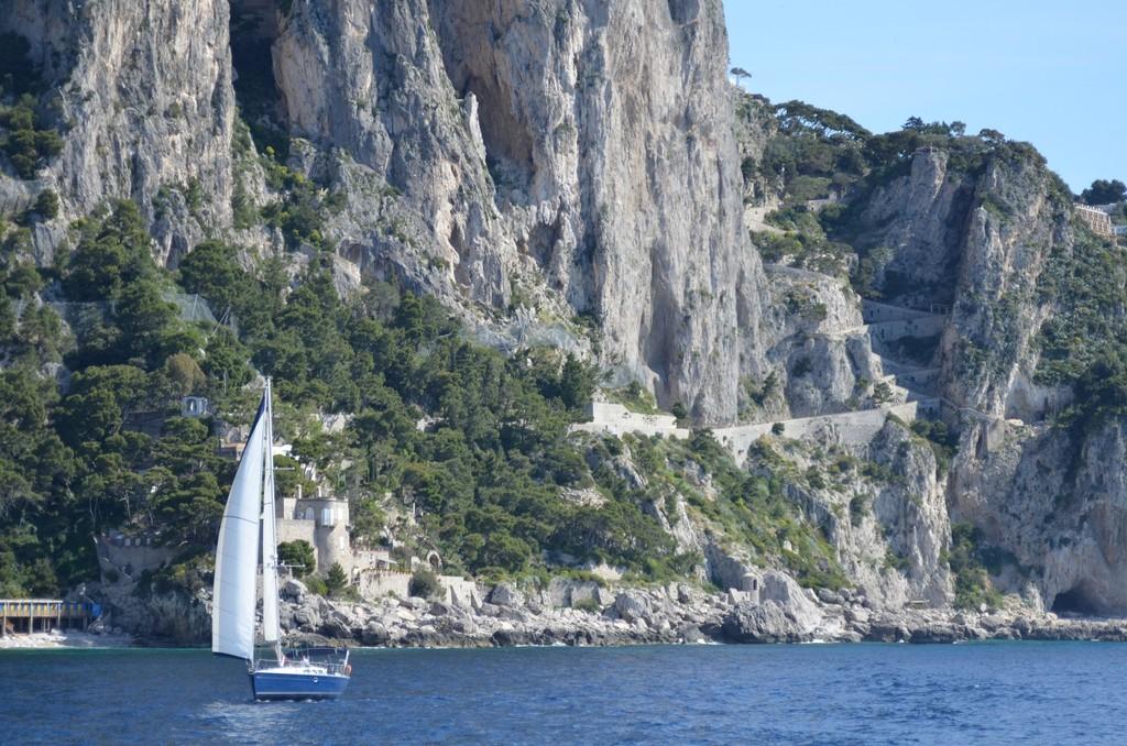 Capri, Via Krupp von der See her