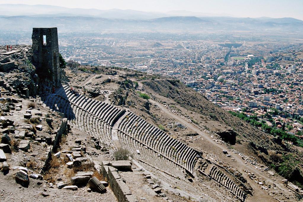 Pergamon, Theater