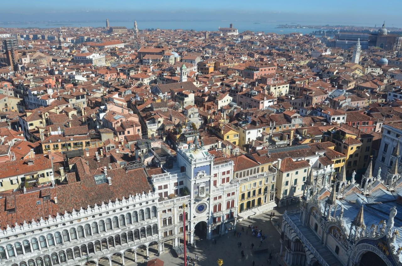 Blick vom Campanile di San Marco auf den Markusplatz