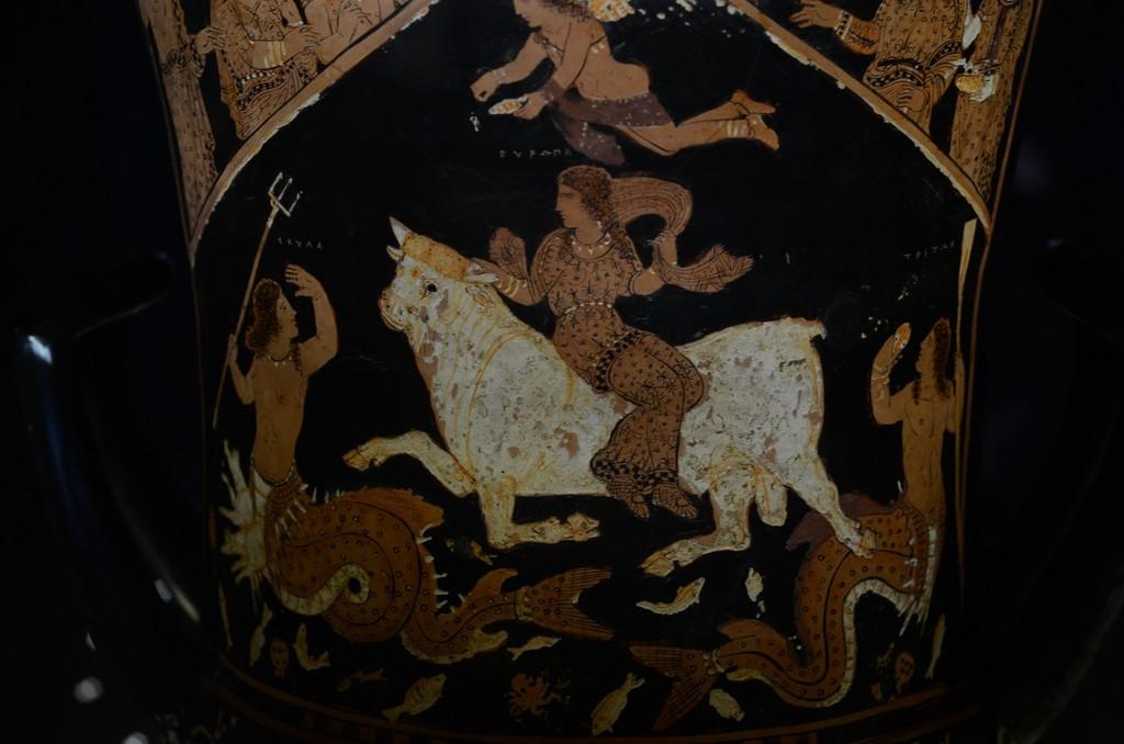 Paestum, Archäologisches Museum, Euphronios-Krater (Europa auf dem Stier)
