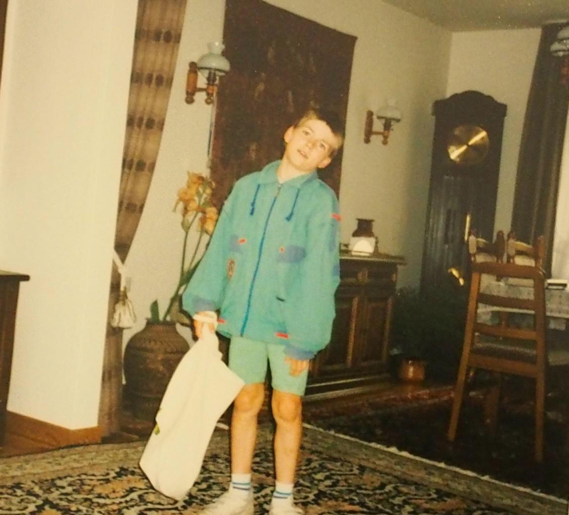 An meinem 1o. Geburtstag, in unserem Haus in der Wurtleutetweute NR. 35