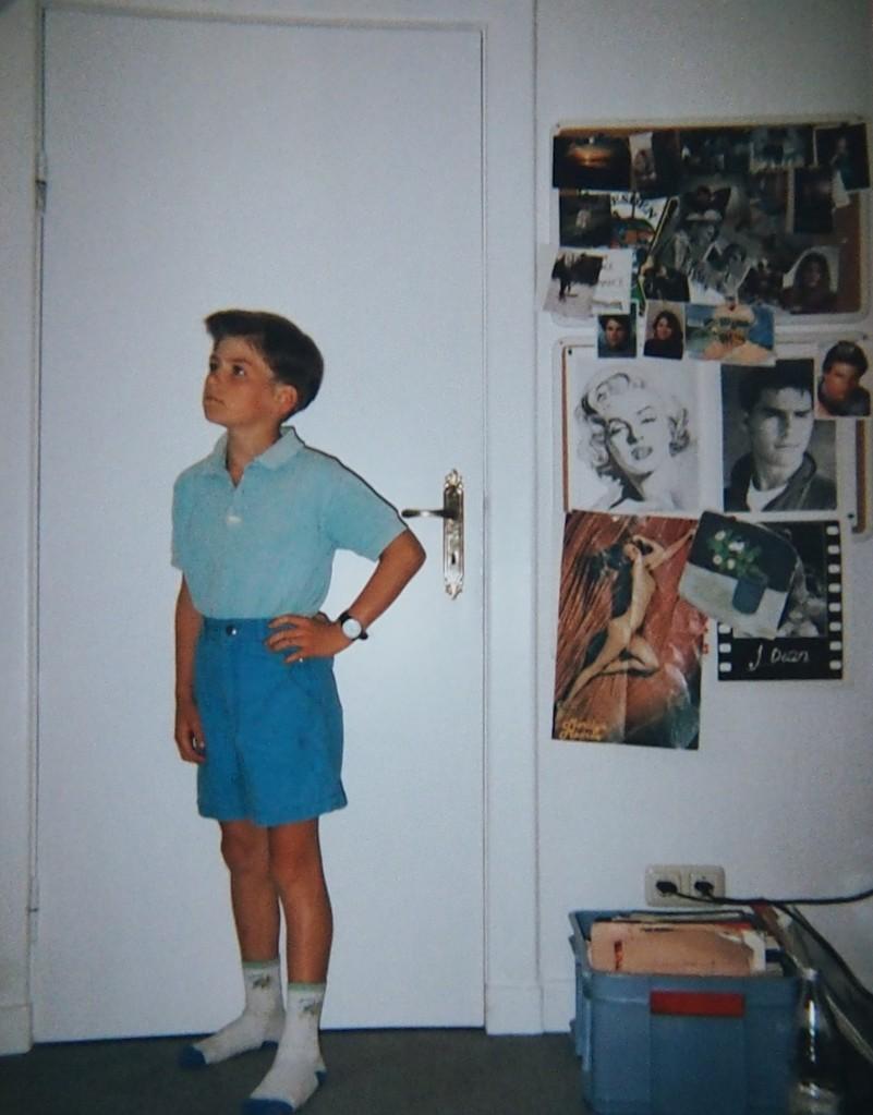 Das Zimmer meiner Schwester - sieht man an den Postern