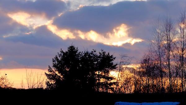 mit fantastischem Sonnenuntergang