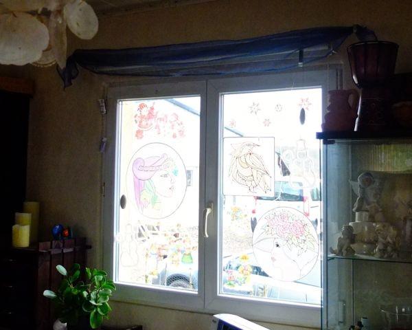 den Tischläufer hab ich als Deko am Weihnachtsfenster...