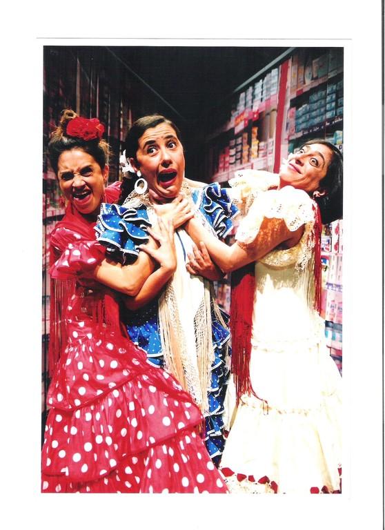 """""""La Calle del Infierno"""". Dirección: Pepa Gamboa. 2002"""