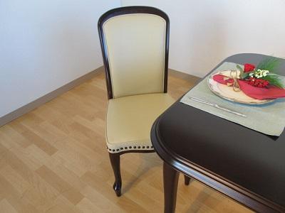 食卓テーブル マルニ木工 グレース アンティーク レトロ オーダーテーブル ダイニングチェア 椅子 インテリア 栃木県家具 東京デザインセンター