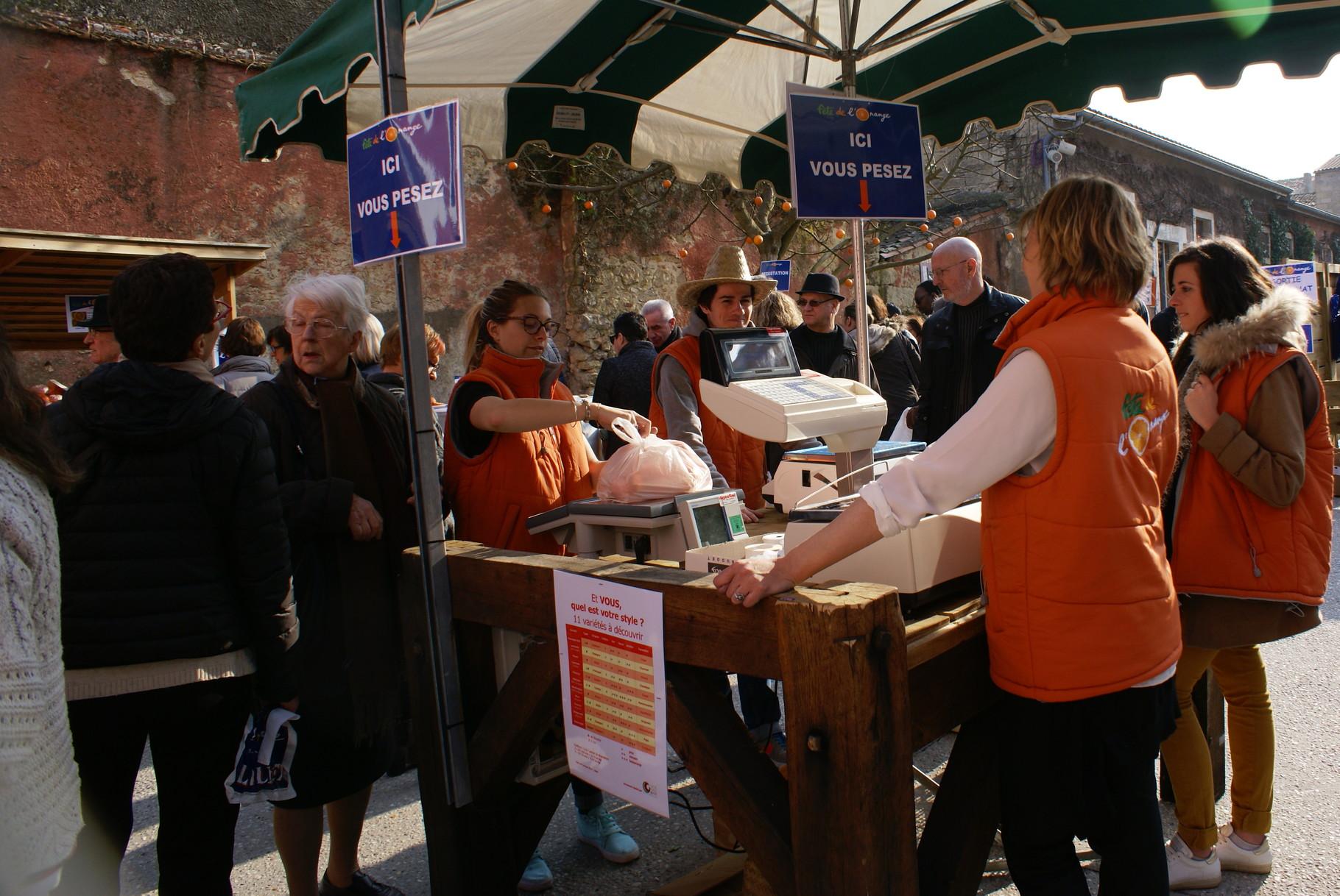 Les stands de ventes d'Oranges