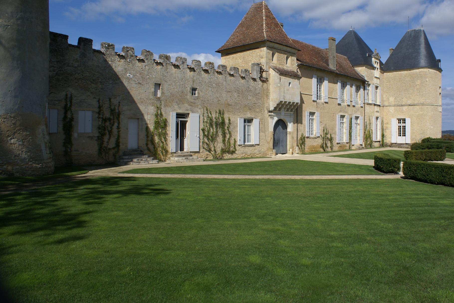 Chateau Yquem construit au  XVI eme siècle