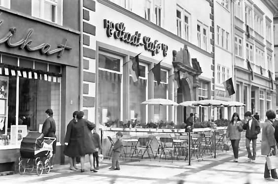 Gotha Neumarkt 80er Jahre - Didis Tram / facebook