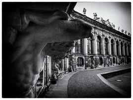 Zwinger Dresden schwarzweiß