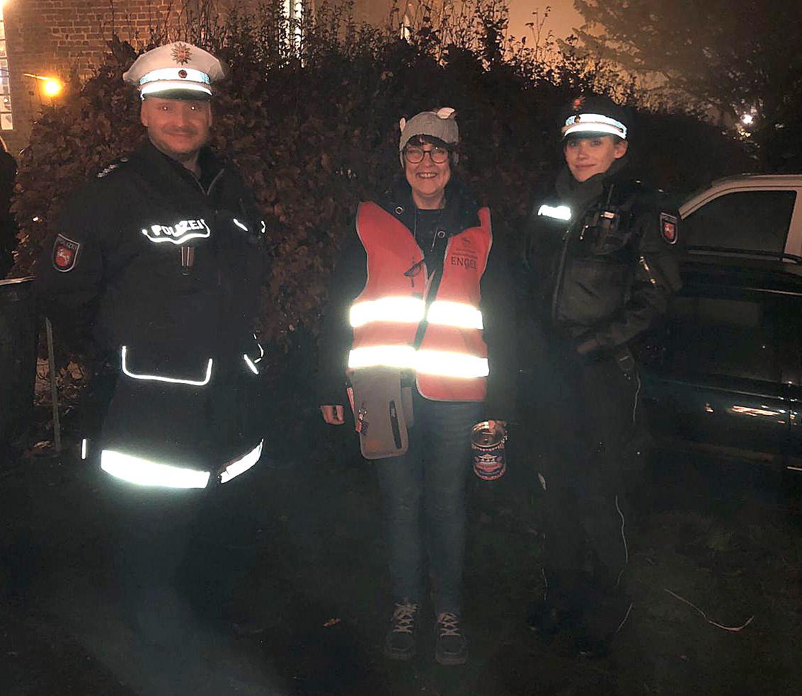 Dank an die Polizeibeamten, die auch für uns im Dienst waren.