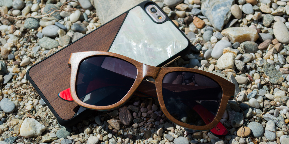 WOLA wooden sunglass wayfarer style and iphone case