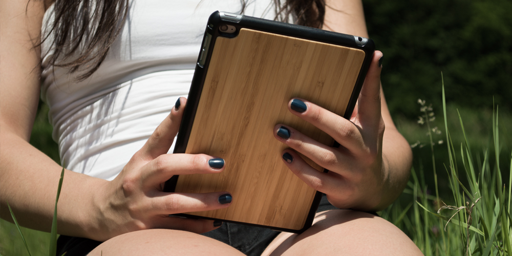 WOLA wooden ipad