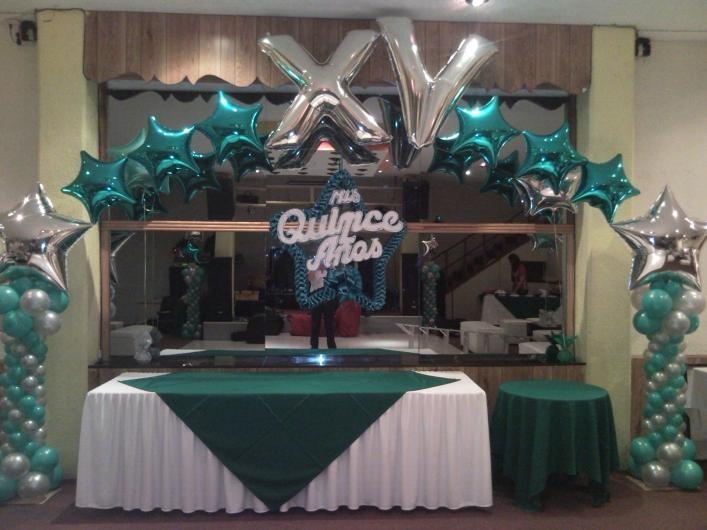 decoracion xv años con globos