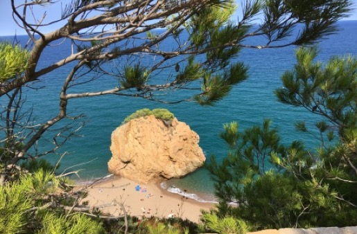 Baden im azurblauen Mittelmeer