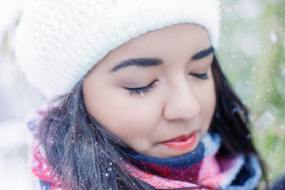 Portrait Portraitshooing Winter Schnee Fotoshooting Gummersbach Engelskirchen Lindlar Wiehl Marienheide Köln NRW