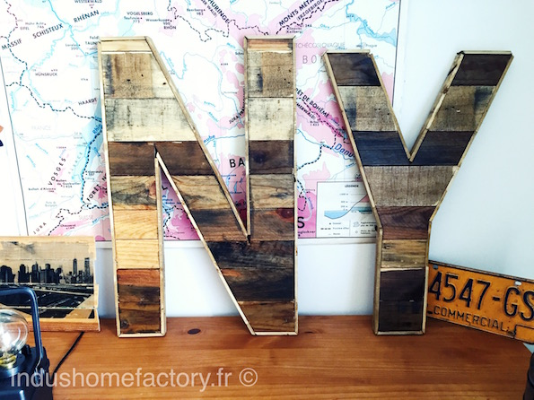 des lettres en bois g antes type industriel indushomefactory. Black Bedroom Furniture Sets. Home Design Ideas