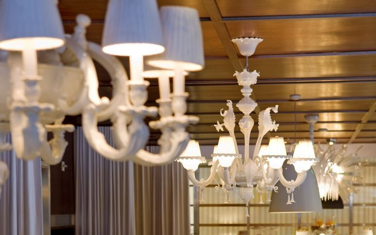 Restaurant-Tres-By-José Andrés-murano-glass-chandeliers-murano-chandeliers-blown-glass