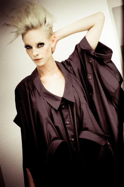 I' VR at FIER Showroom - Berlin Fashion Week July 2012: Photography by Petra Fantozzi