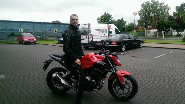 Unser A2 Motorrad -Honda CB500r