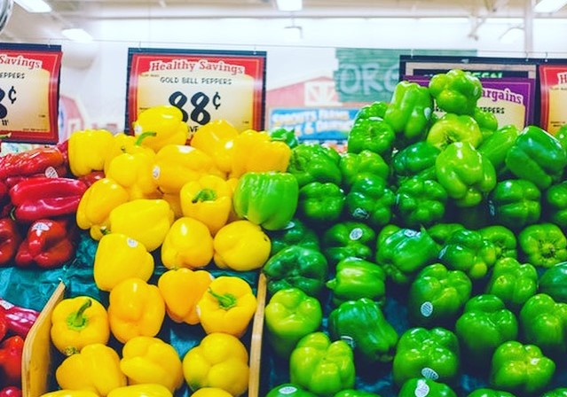 My trick to save on your groceries each month, save on groceries, save money, budget savings