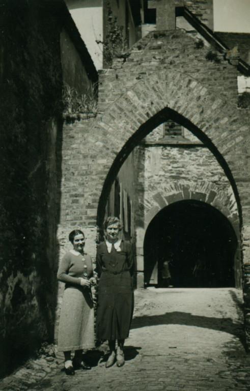 An der alten Kirche