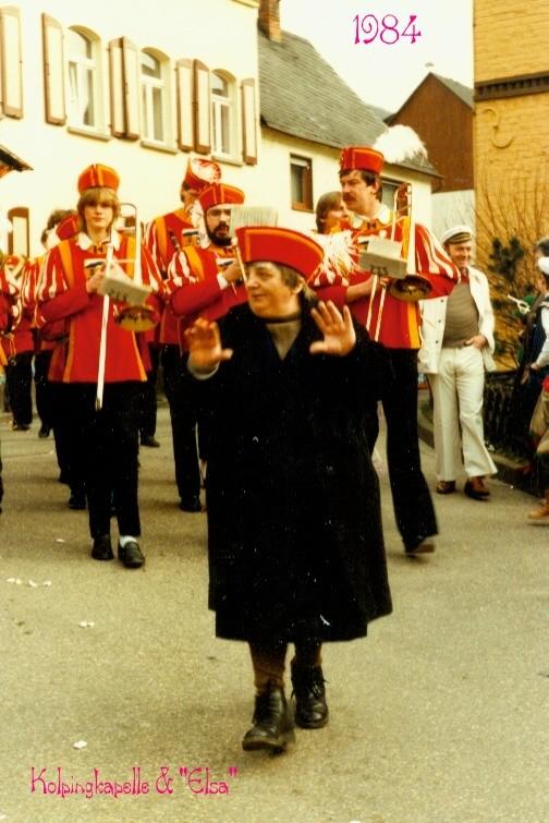 "Karneval 1985. Kolpingkapelle mit Stardirigentin ""Elsa"""