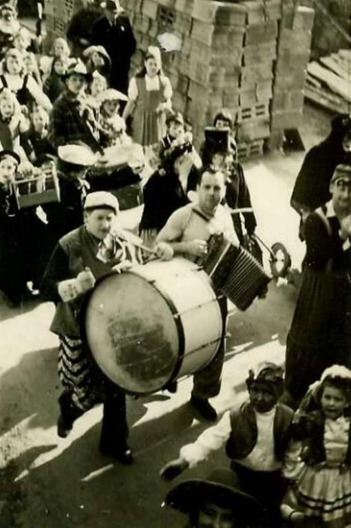 Karneval 1946 /  Spontaner Umzug