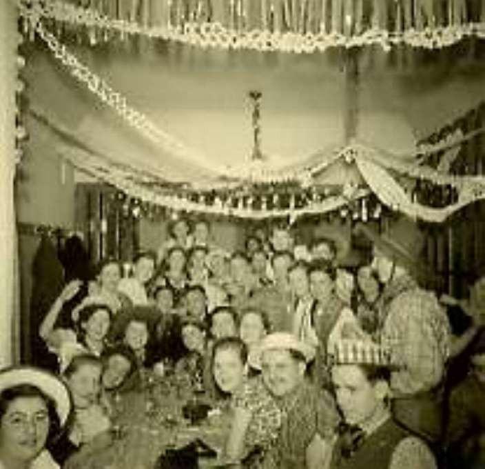"""Karneval 1953   Beim Kimmels Karl / """"Uff'm Haischopp""""(Deutsches Haus)"""