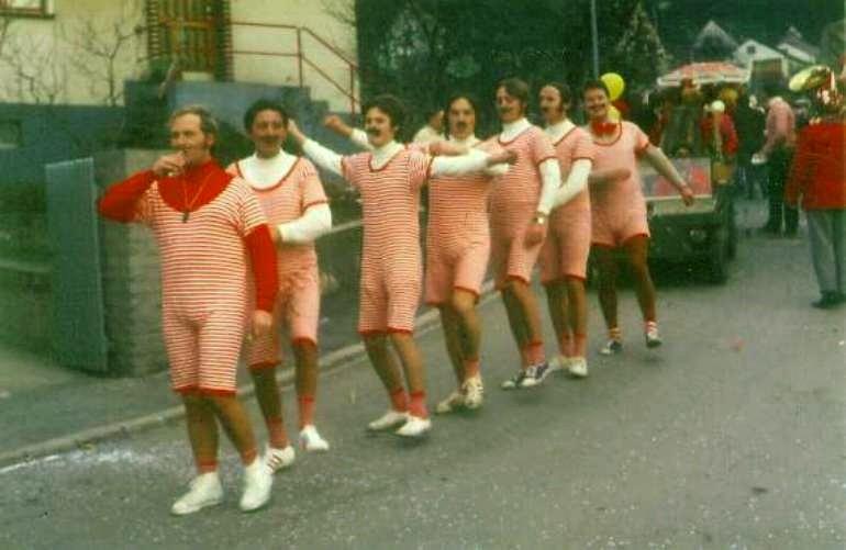 Karneval 1972 / Kirchenchor / Turnriege