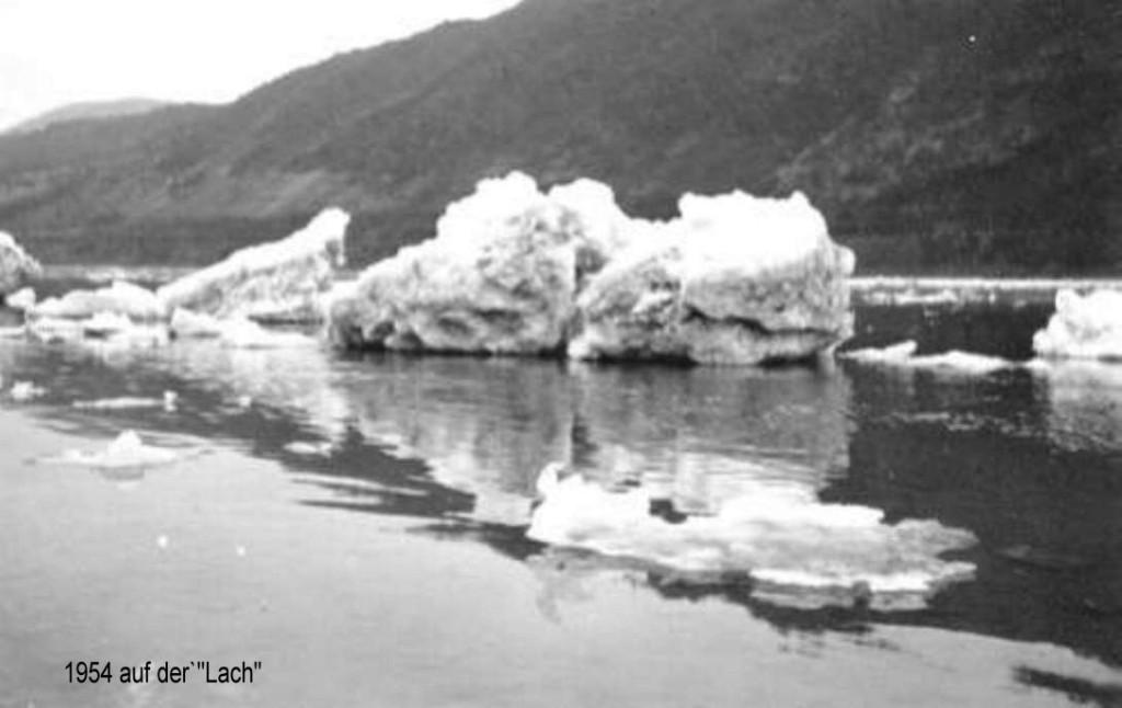 1954 Eisgang .Meterdicke Eisbrocken von der Eisbarriere an der Loreley