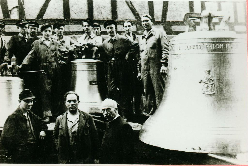 1948 Die neuen Kirchenglocken werden angeliefert