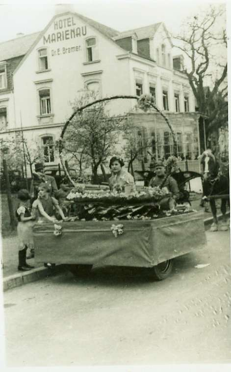 1930er Jahre /Blütenfest