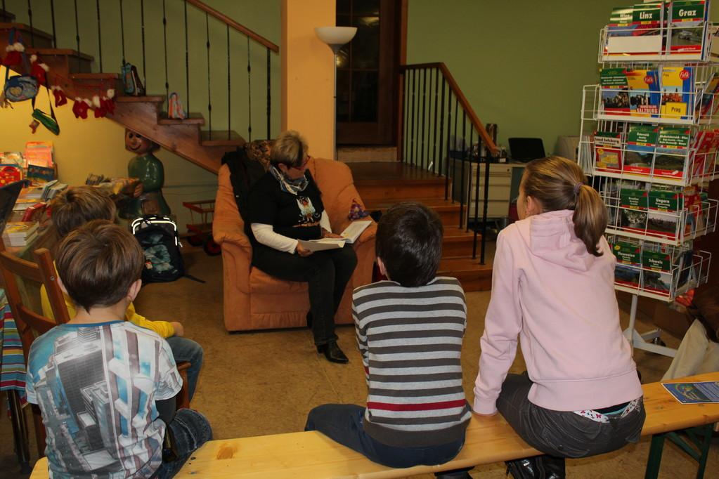Kinderlesung am Samstag, dem 3.12.2011 in der Ennstal Buchhandlung