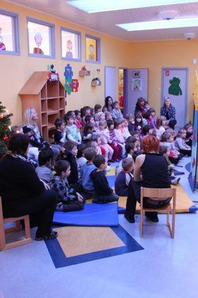 Lesung im Kindergarten Stelzhammer, Monika Gröber, 23.12.2011