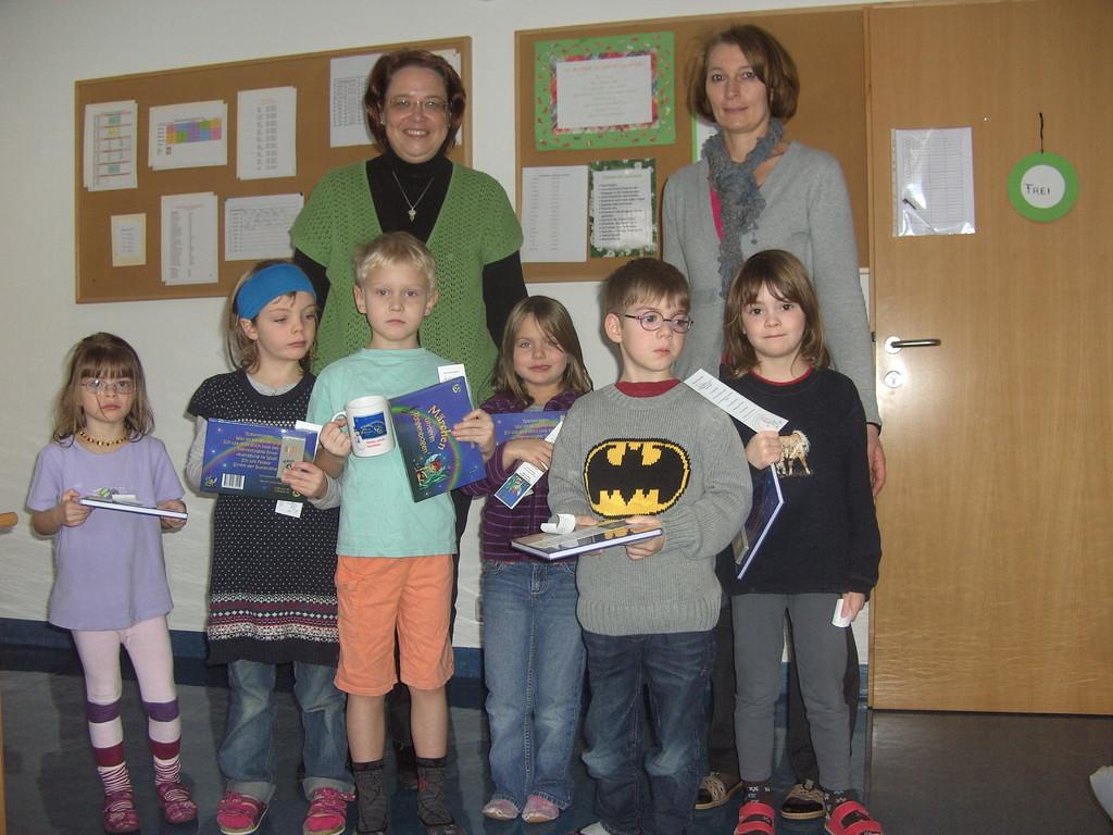 Übergabe der Bücher am 2.2.2012 in Weyer