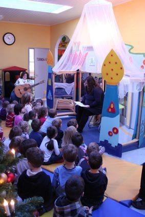 Lesung im Kindergarten Stelzhammer, Vöcklabruck - Monika Gröber, 23.12.2011