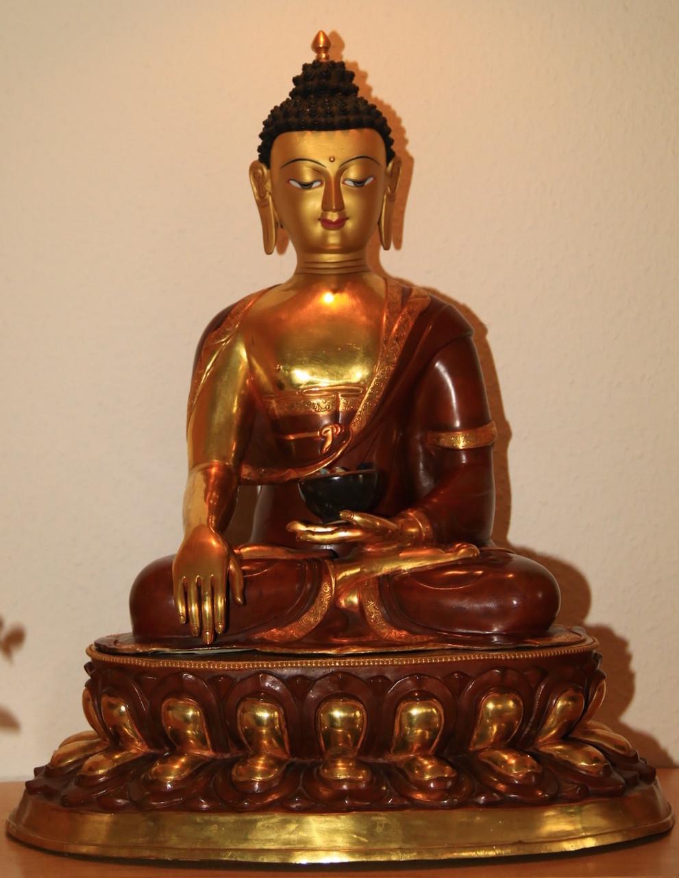 Buddha im Meditationshaus