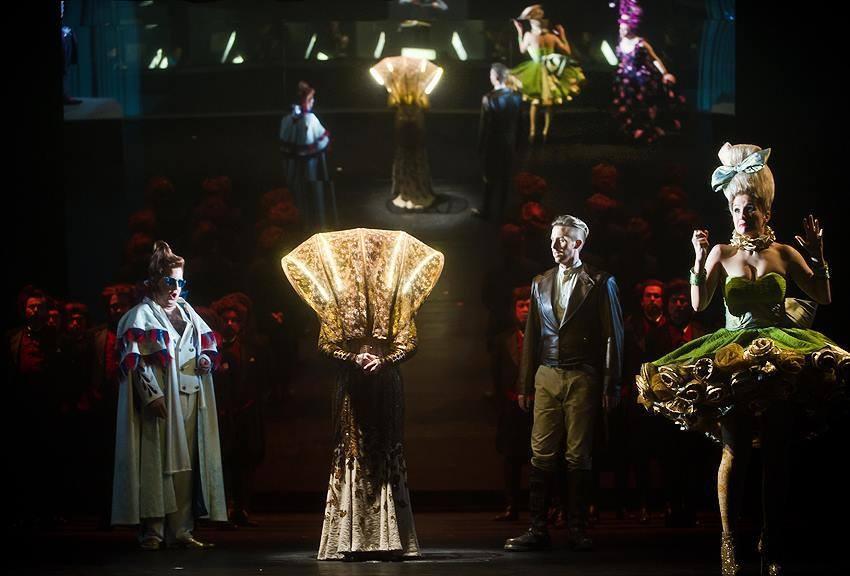 Clorinda - La cenerentola - 2014/15 Die Theater Chemnitz - Kostüm: Kristopher Kempf, Maske: Nadine Wagner