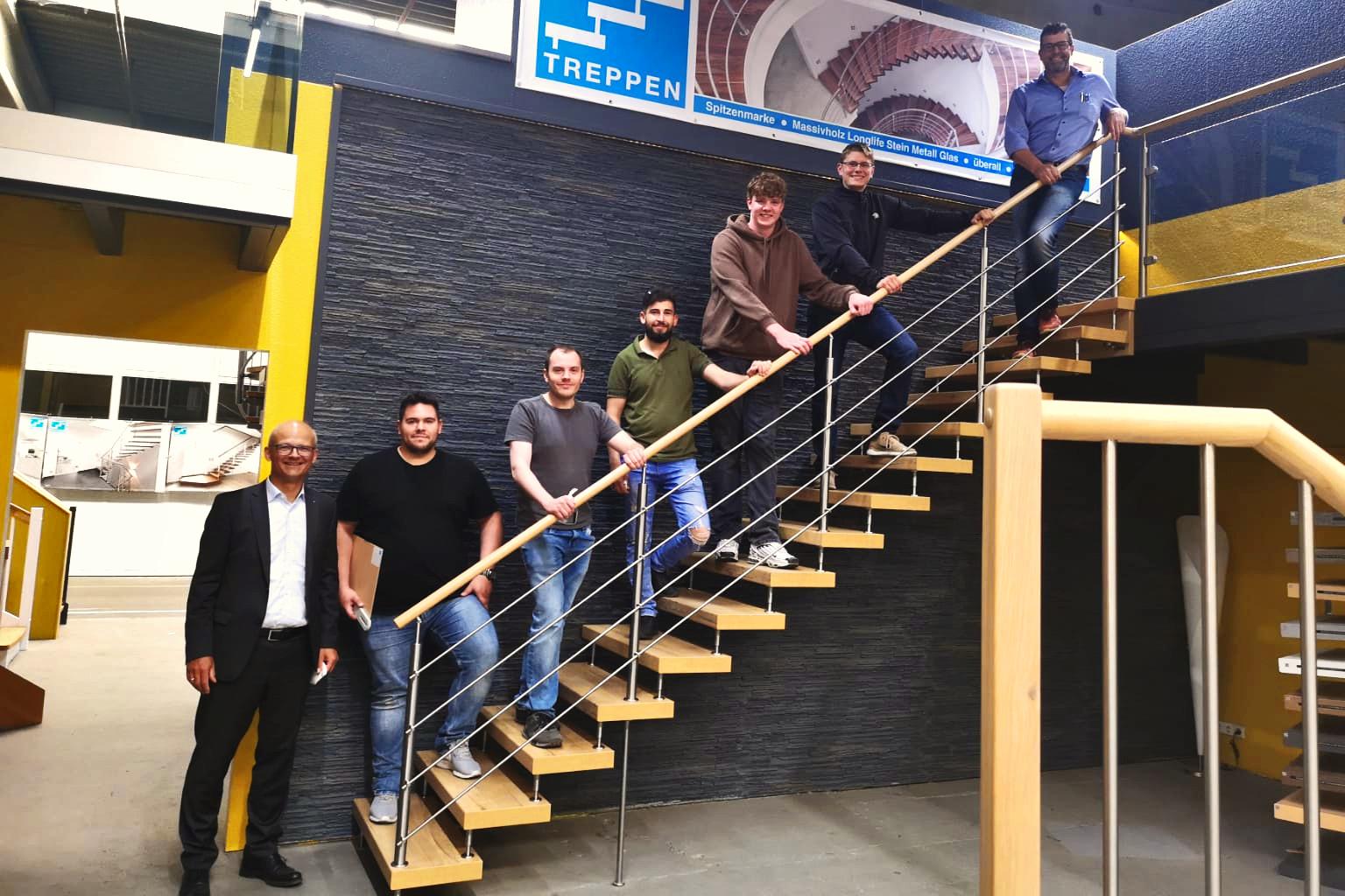 Weiterbildung: Unsere Mitarbeiter nahmen erfolgreich an der Kenngott-Montage-Schulung teil