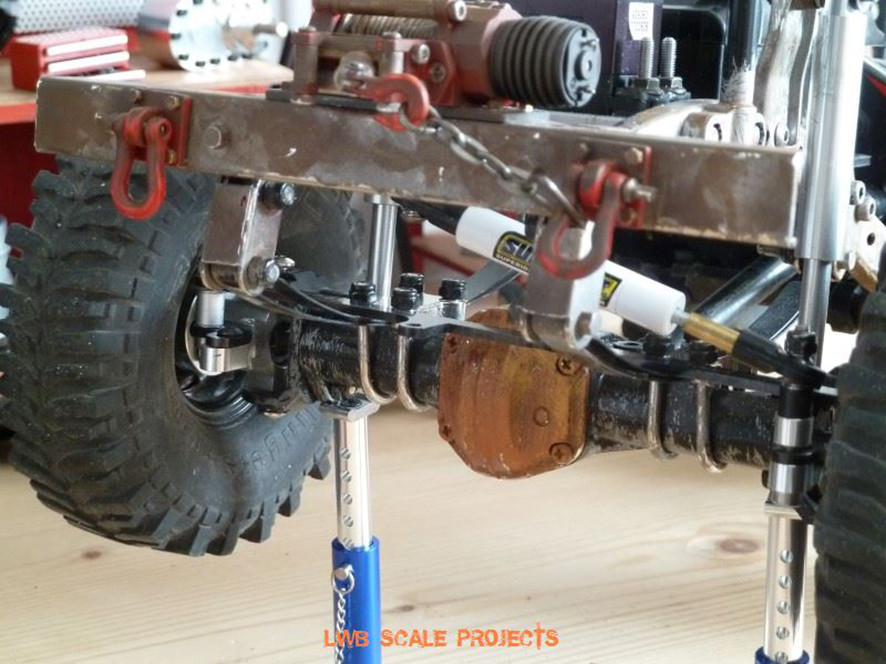LWB SCALE PROJECTS     crawlster®4S in Wolfs WILLYS CJ3A