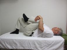左股関節のストレッチ