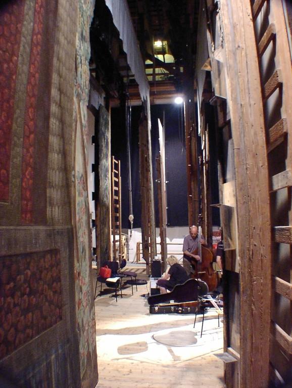 Seitenblick zur Bühne