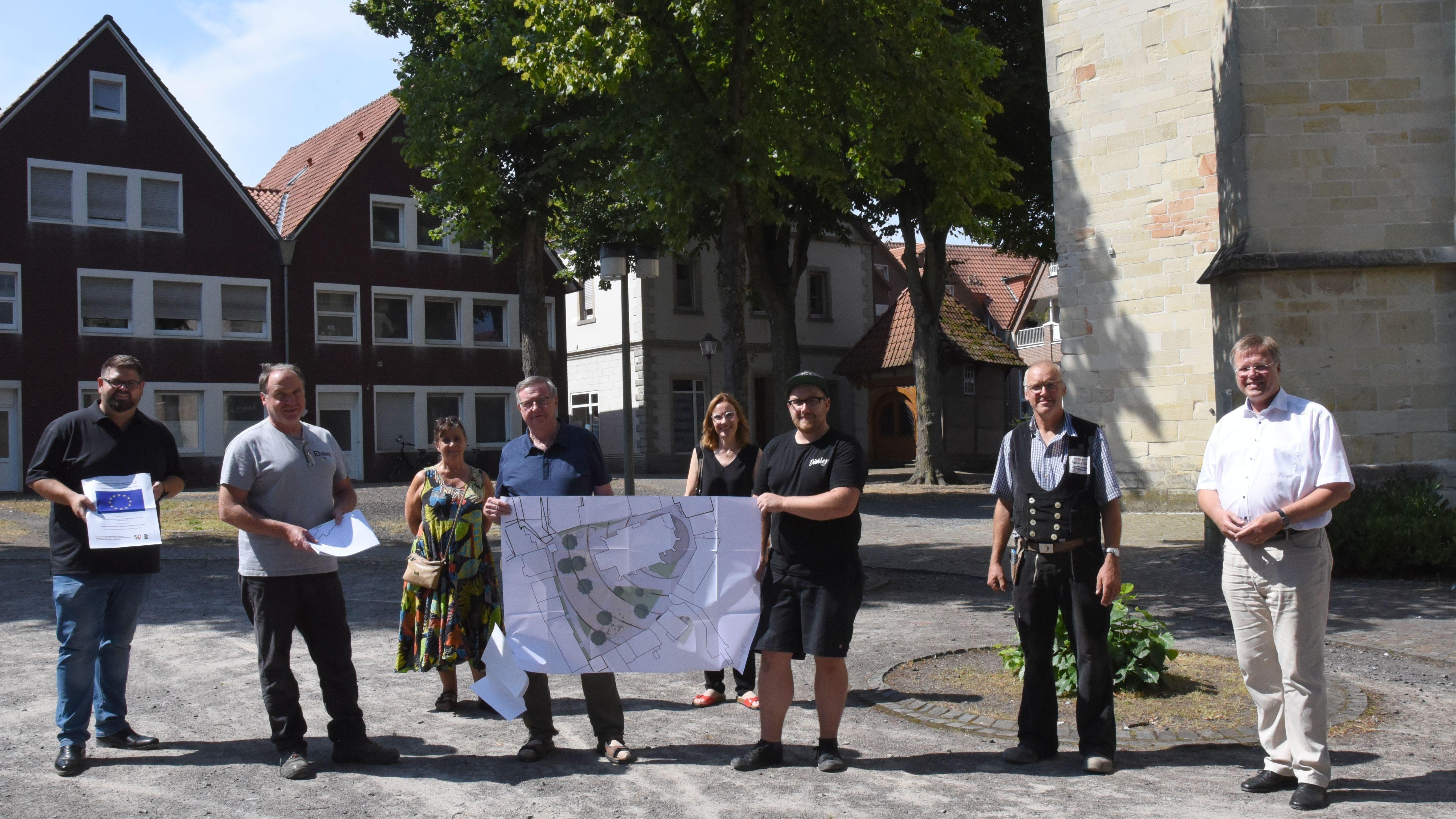 Der Kirchplatz in Havixbeck soll neu gestaltet werden und zum Verweilen einladen. Foto Gemeinde Havixbeck