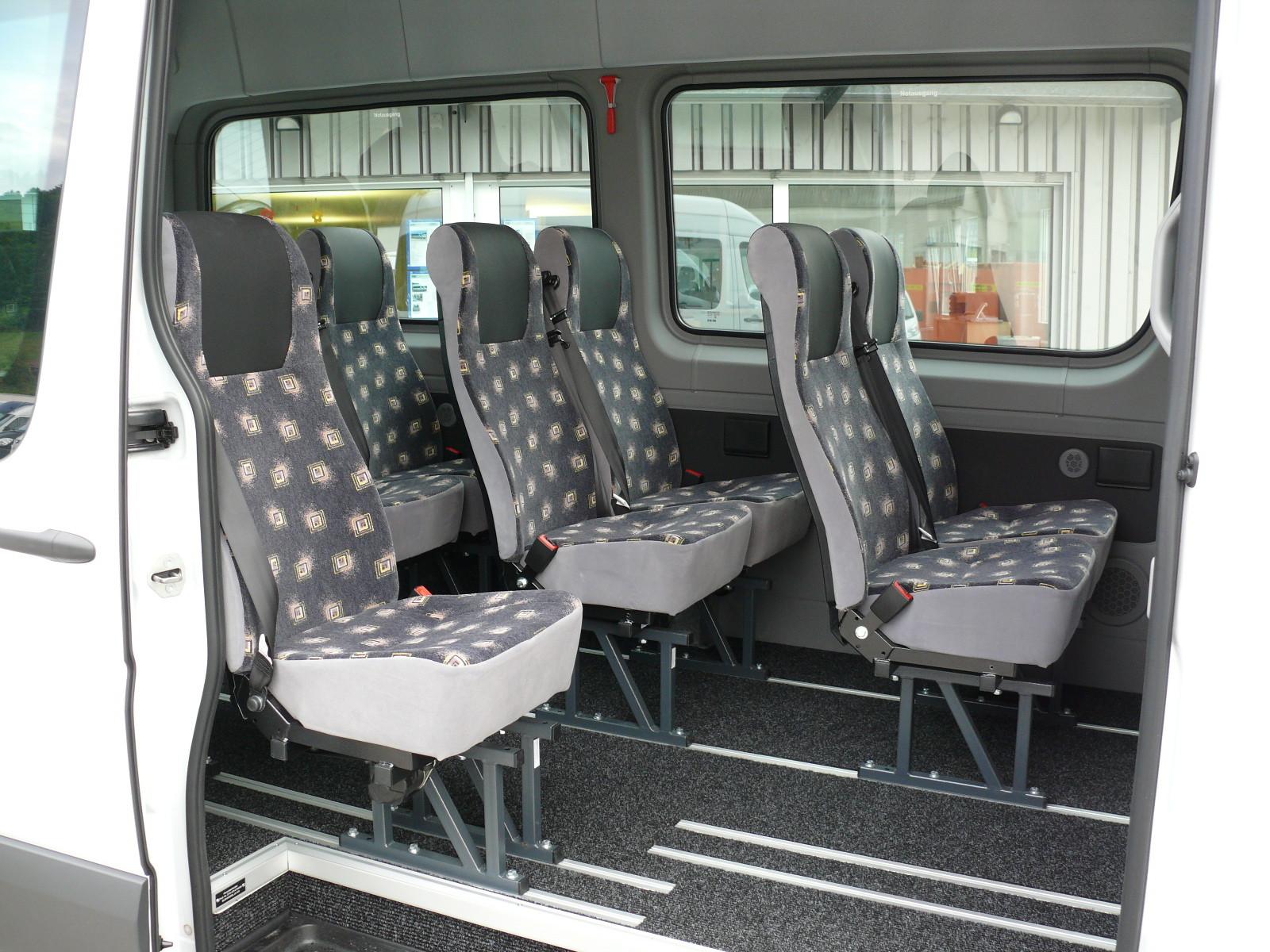kleinbus 3 39 500 kg bus mieten bus kaufen bei ag kleinbusse midibusse vip. Black Bedroom Furniture Sets. Home Design Ideas