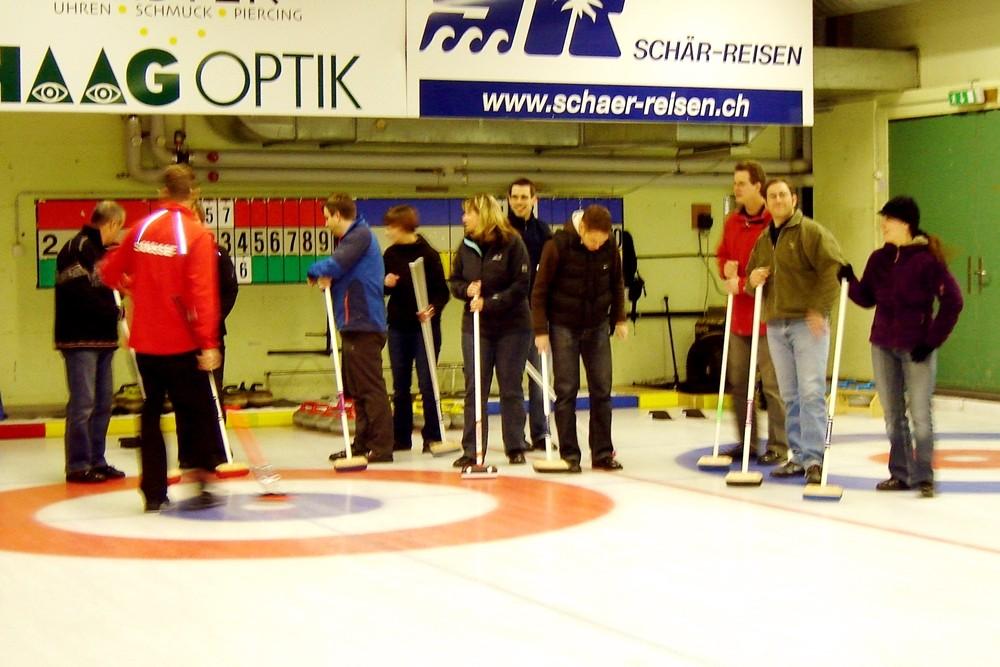 Instruktionen auf dem Eis