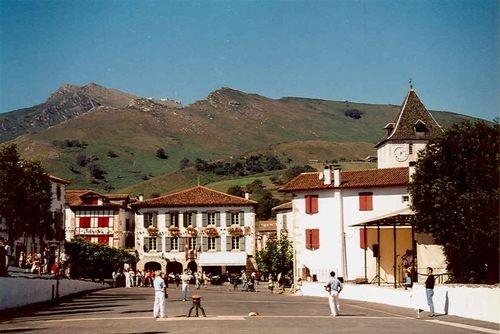 Visite 3 jours chambre d 39 h te saint jean de luz pays - Chambre d hote sare pays basque ...