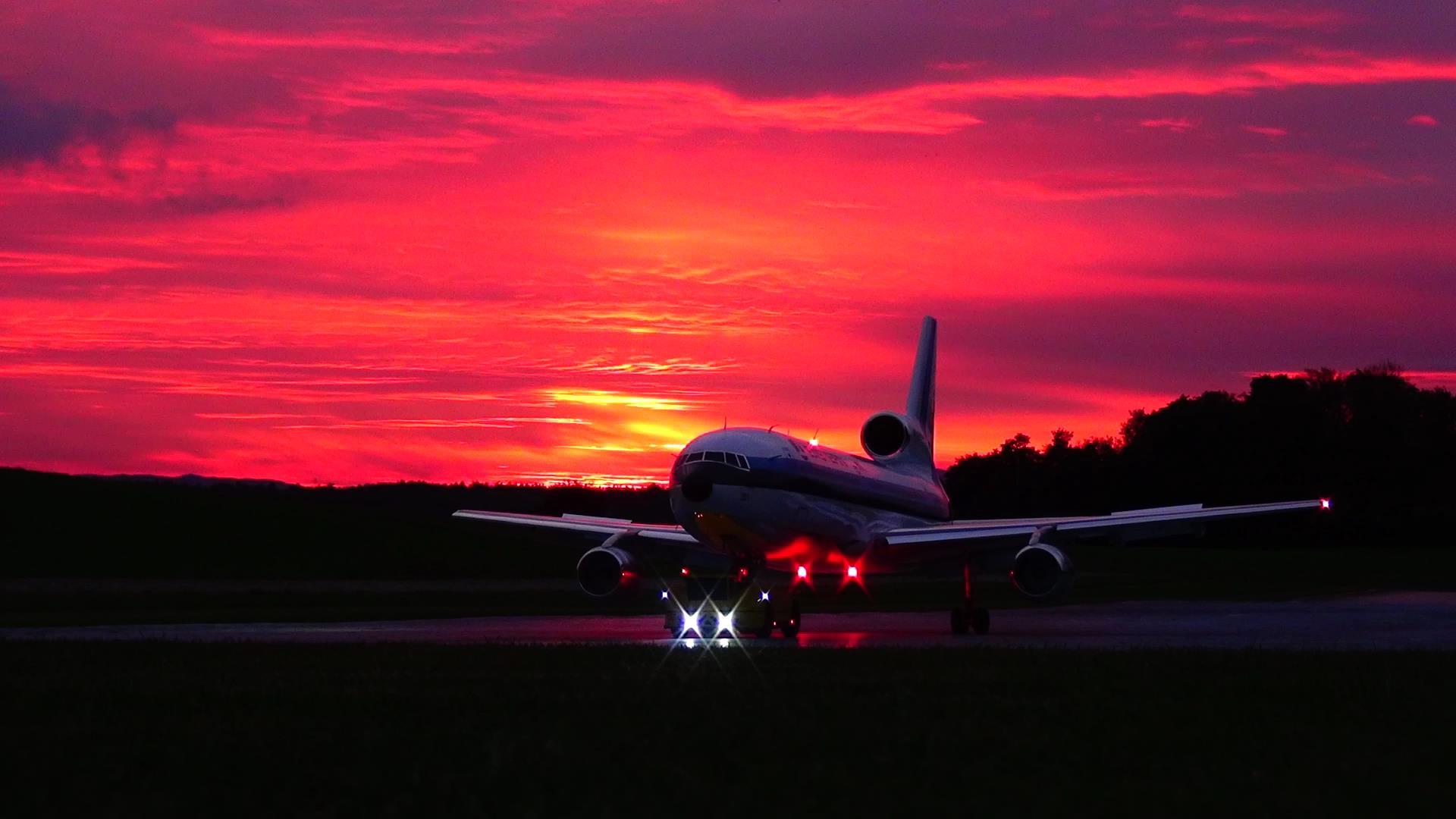 Lockheed TriStar L-1011 Sunset