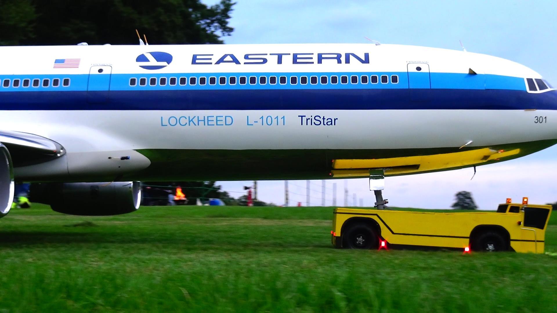 Phusback Lockheed TriStar L-1011