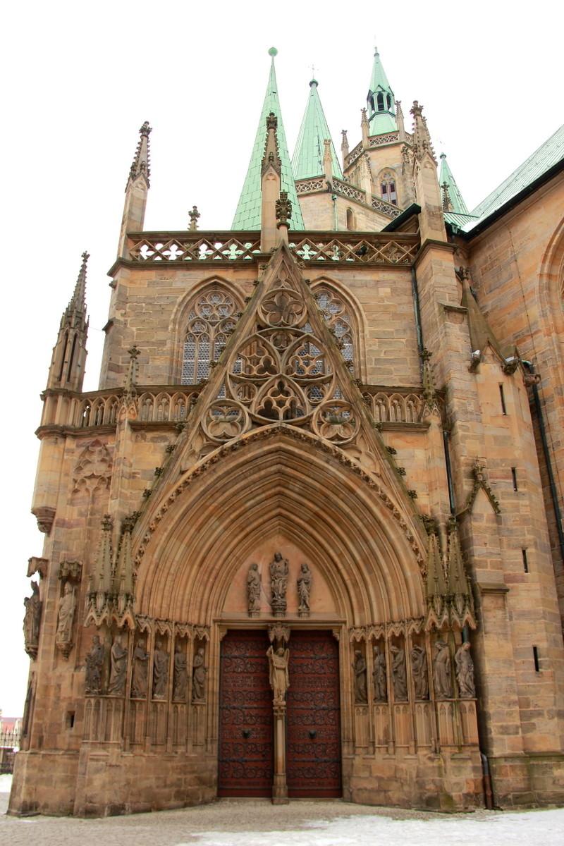 Eingang zum Dom